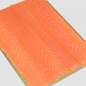 roots_noorse_zalmfilet_gerookt_longsliced_100gr